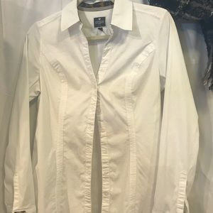 "Express ""the essential"" blouse"